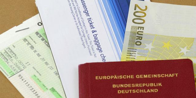Bevor Sie eine Reise außerhalb der EU antreten, sollten Sie rechtzeitig einen Reisepass beantragen.