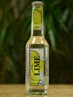 Der White Blossom Lime schmeckt angenehm fruchtig und nicht zu süß.