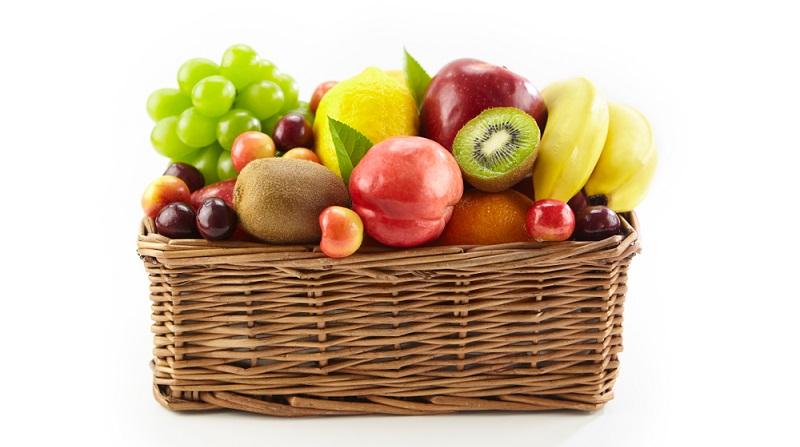 Es wird tatsächlich ein gefüllter Obstkorb benötigt, doch der wird dem Kunden mitgegeben.  (Foto: Shutterstock- imtmphoto)